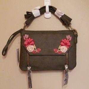 Handbags - 🆓️Gray Embroidered crossbody/wristlet